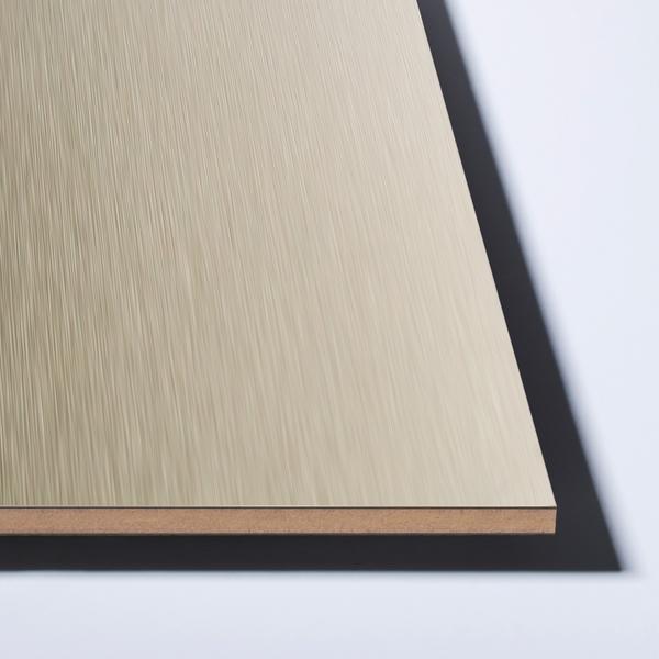 Splashback aluminium-overflate